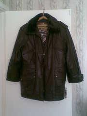 Кожаная мужская зимняя куртка-пуховик.