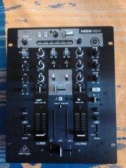 BEHRINGER NOX404 DJ