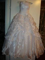 Продам шикарное свадебное платье( фата в подарок)